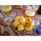 mini salgados de queijo na saúde
